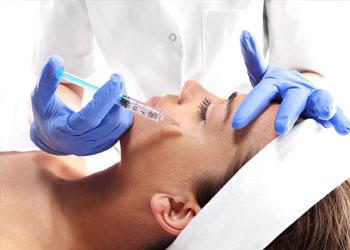 podawanie botoxu